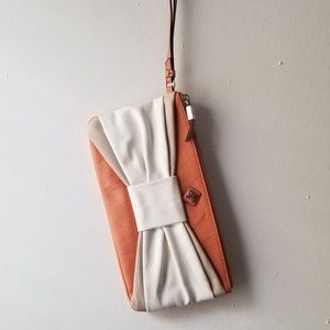Bow Front Wristlet